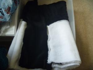 fake fur blanket 2