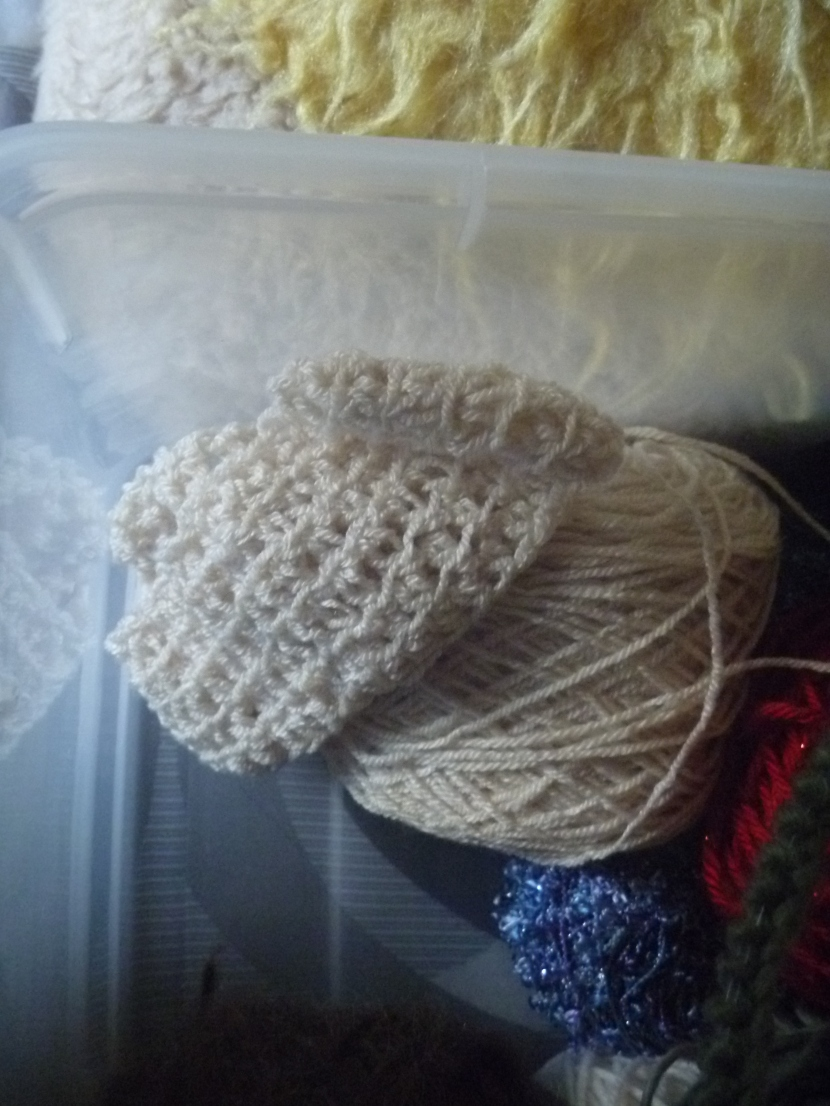 progress on the second tube of the scarf
