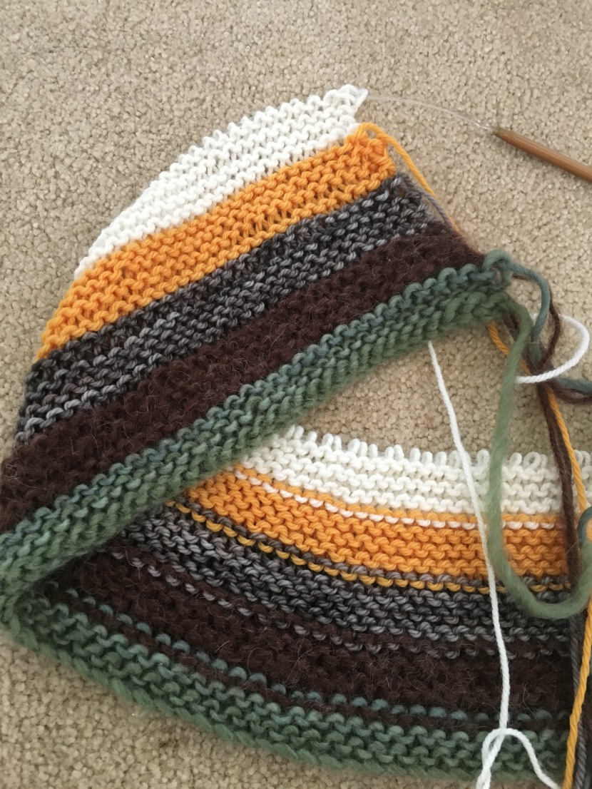 stripes (going up): green, brown, grey, yellow, white