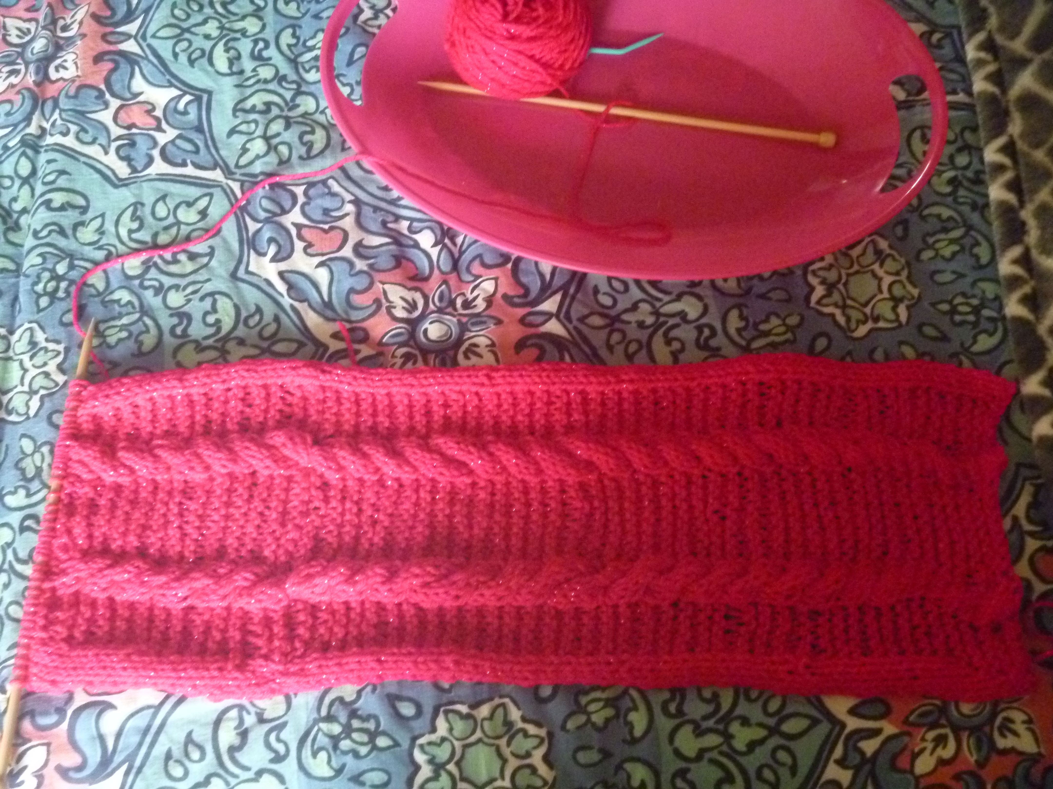 simple 3/3 cables scarf
