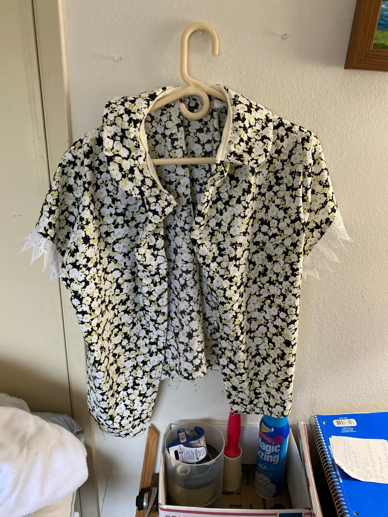 Back of floral shirt without buttons